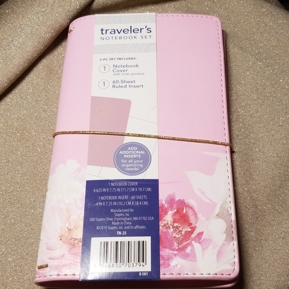 Staples Other - Traveler's Notebook Set